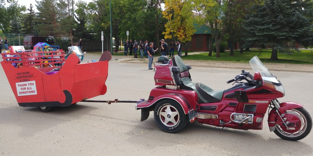 Regina HOG Supports the 2018 Weyburn Toy Run